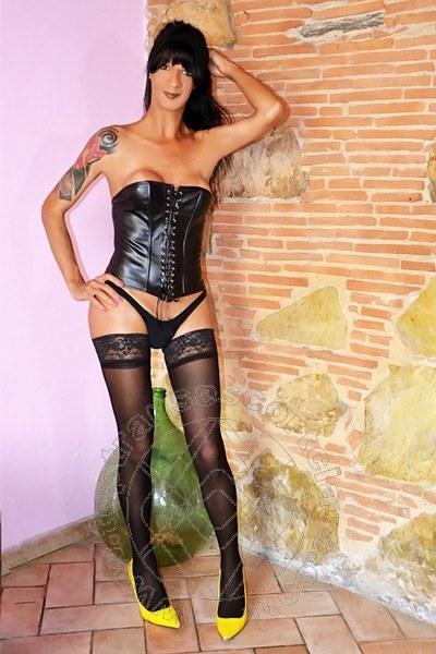 Pammela Versace  TORRE DEL LAGO PUCCINI 3280733141